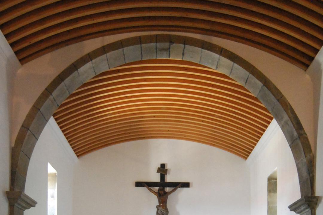 Rehabilitación de igrexa en Taragoña